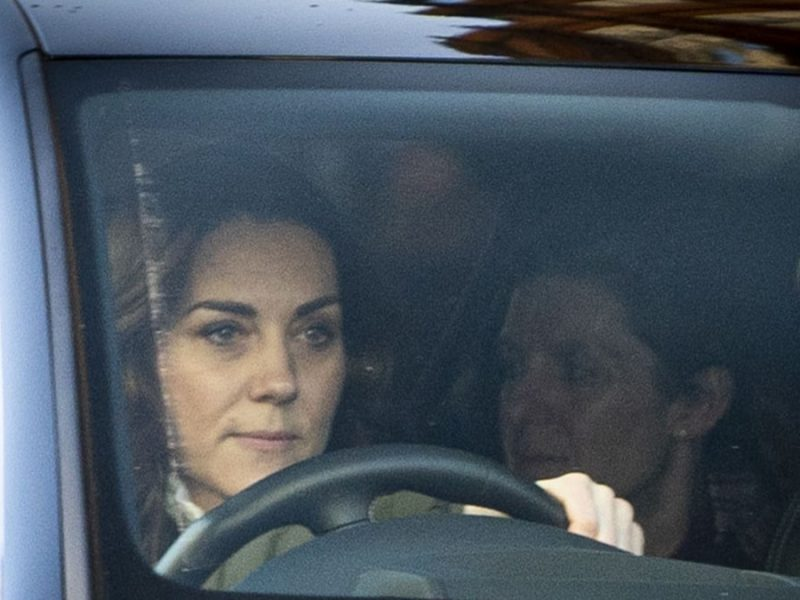 Kate Middleton's Birthday Bummer as Royals Fume Over Harry and Meghan Leaving