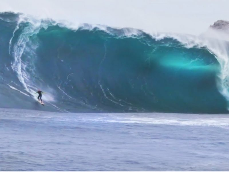 GIGANTIC Surf Wipeout | EPIC Riding Giants Wave