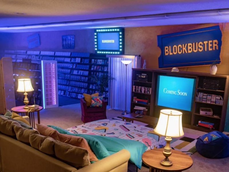 Last Remaining Blockbuster Converted Into Airbnb