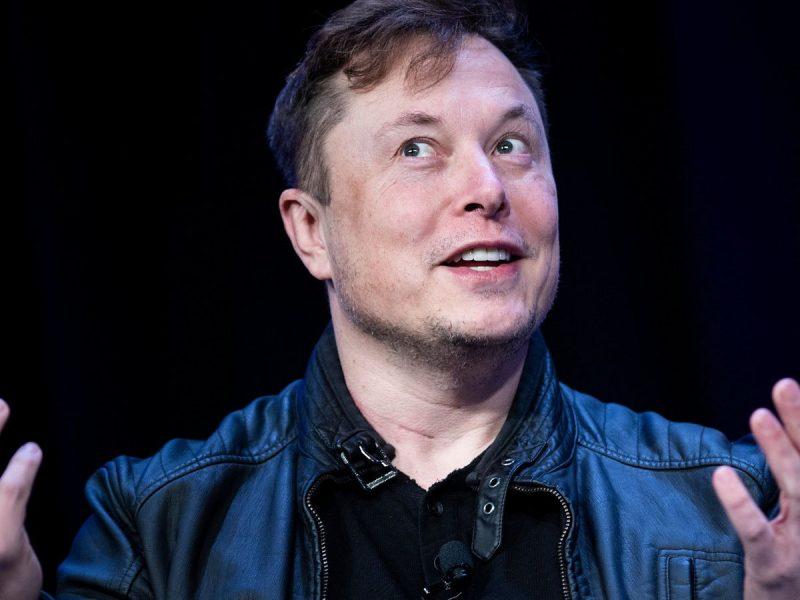 Elon Musk: Experts hit back after tech mogul tweets alien conspiracy theory | World News
