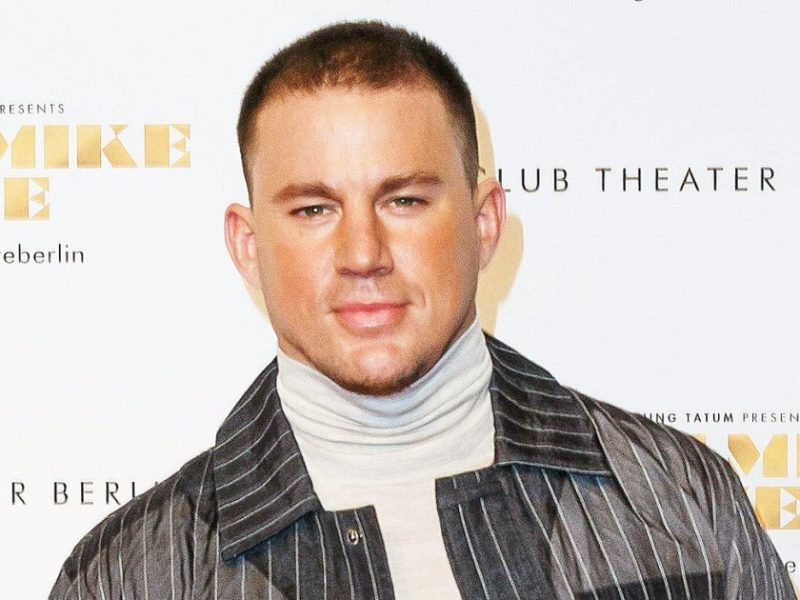 Channing Tatum Says 'Daddy Is Back' After 'Life S–t' in Shirtless Selfie