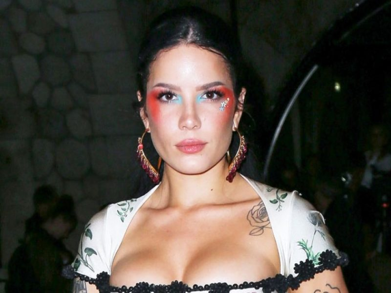 Halsey Is 'Very Sorry' for Posting Eating Disorder Pic Without Warning