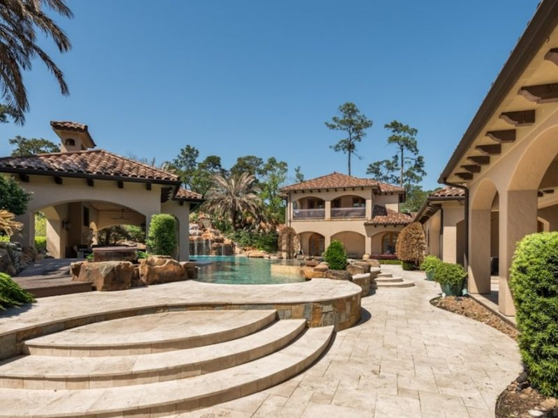 Ex-NFL Star Mario Williams Lists Houston Mansion For $8.5M, Pool & Theater!